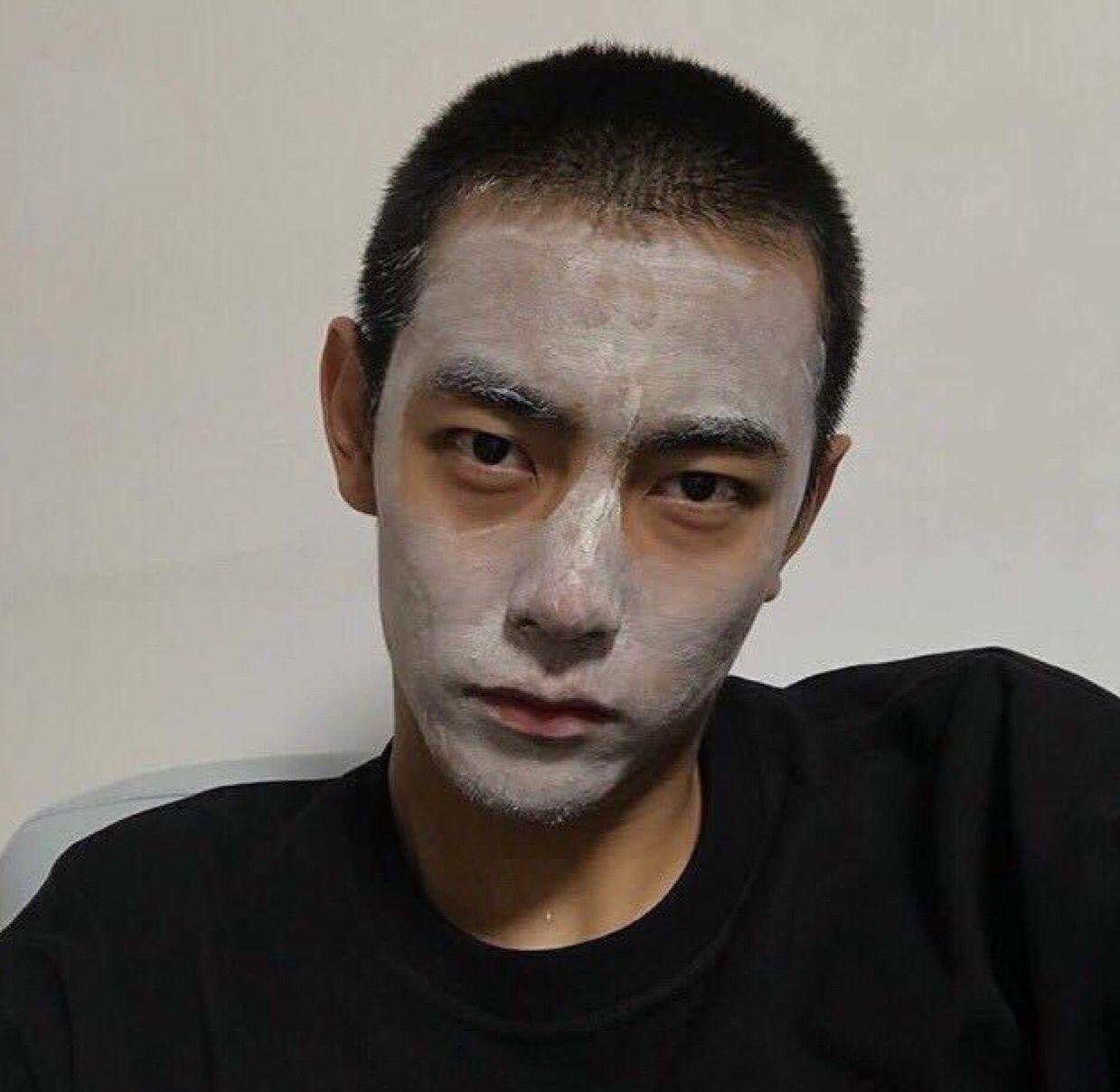 撕个人皮造个自己的头像