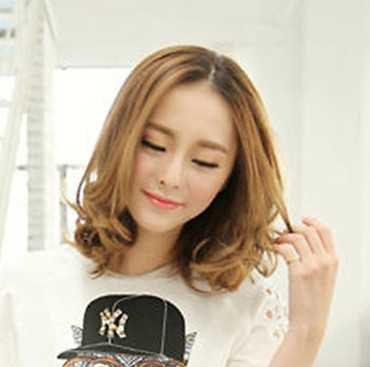 新款韩式波波头短发发型图片效果图