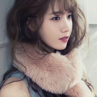 少女时代林允儿换新发型 韩式空气感薄刘海惹人爱作品图