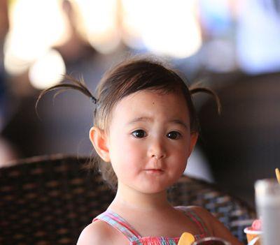 萌娃奥莉可爱小辫发型图片作品图