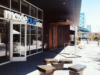 moxie blue salon