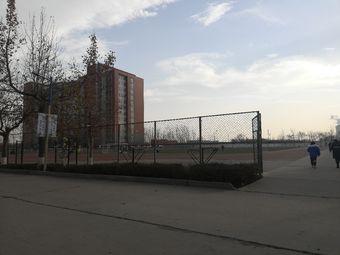 河北科技学院足球场