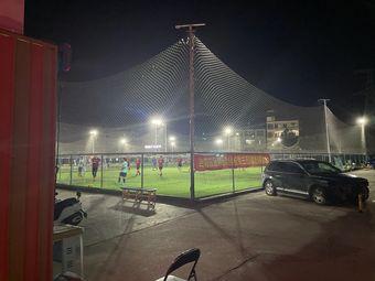 晨晖足球场