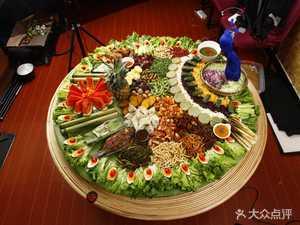 滇声气云南精品民族菜