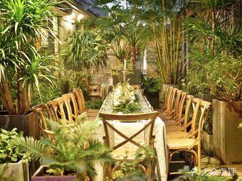 小筑里·神秘浪漫花园餐厅