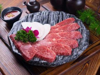 山顺炭火烤肉朝鲜族家