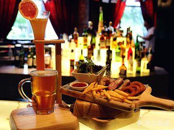 银城皇冠假日酒店瓦特餐厅及酒吧