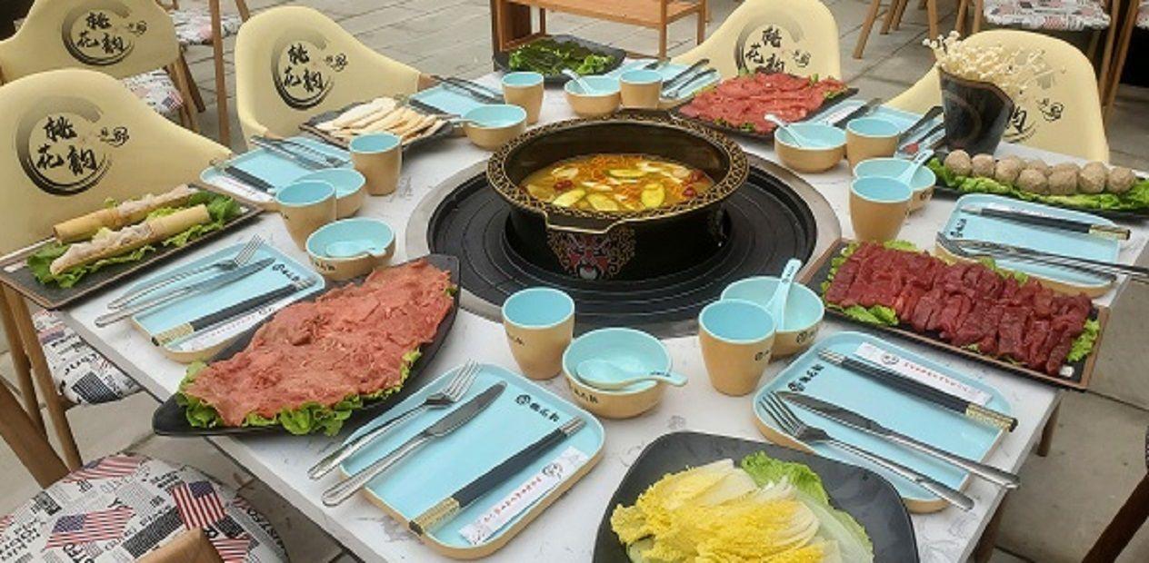 美团圈圈眉山站 | 桃花韵庭院火锅丨6人餐丨自带露天花园,这家庭院火锅吃过没