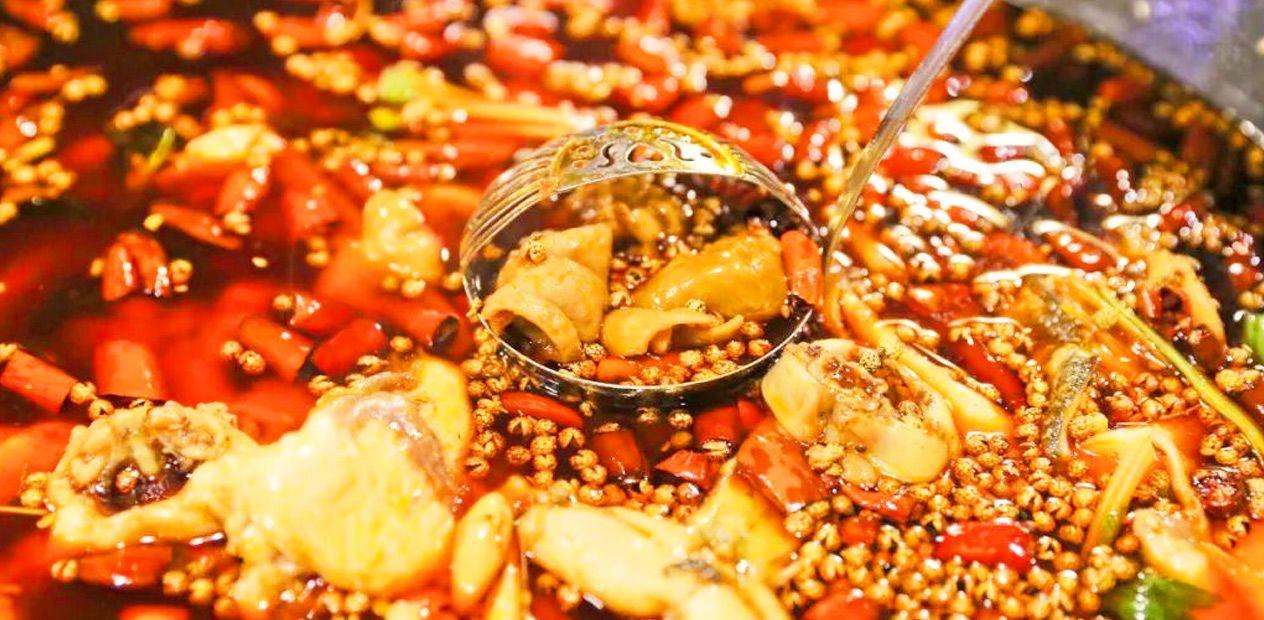 美团圈圈攀枝花站 | 渝顶肥肠鱼|超值6人餐|只需168,肥肠+鱼+美蛙吃到爽