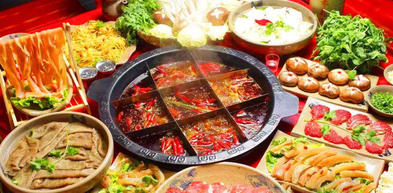 美团圈圈攀枝花站 | 重庆记忆老灶火锅| 超值8人餐 | 满足对火锅的一切挑剔