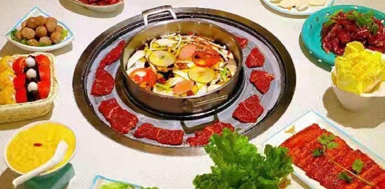 美团圈圈眉山站 | 潮牛鼎丨2人餐丨一碗热汤,满满牛肉,让生活温暖滋润~