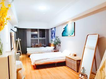 万达广场楼上家庭房公寓有投影仪靠近瘦西湖东关街
