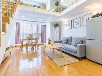 【波波民宿】古运河边东关街个园瘦西湖复式公寓