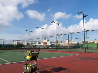 恒大雅苑网球场